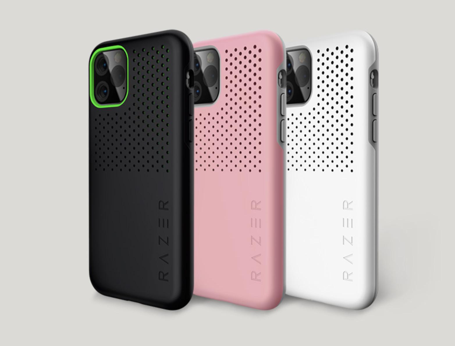 雷蛇的这款手机壳是与 iPhone 11 系列同步上市的,除了最新的三款新 iPhone,它还支持 2018 年发布的 iPhone XR、iPhone XS、iPhone XS Max,以及自家的游戏手机 Razer Phone 2。 从这里也能看出,这款雷蛇冰铠并不是贴个牌、蹭个热度那么简单。它支持三米的跌落测试,同规格的防摔手机壳,价格也都在 200-400 元左右,与这些产品相比,雷蛇还多了散热设计、不错的外观,当然还有信仰加成。 如果你是手机游戏的重度玩家,或者是雷蛇信仰粉,这款雷蛇冰铠手机壳还