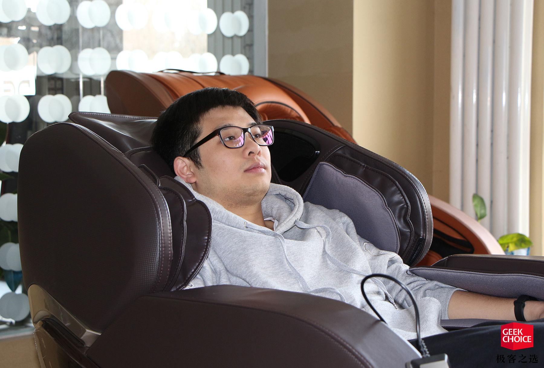 日本华人大但人体_六十年前日本澡堂的秘密,为什么成了如今年轻人的高科技放松利器?