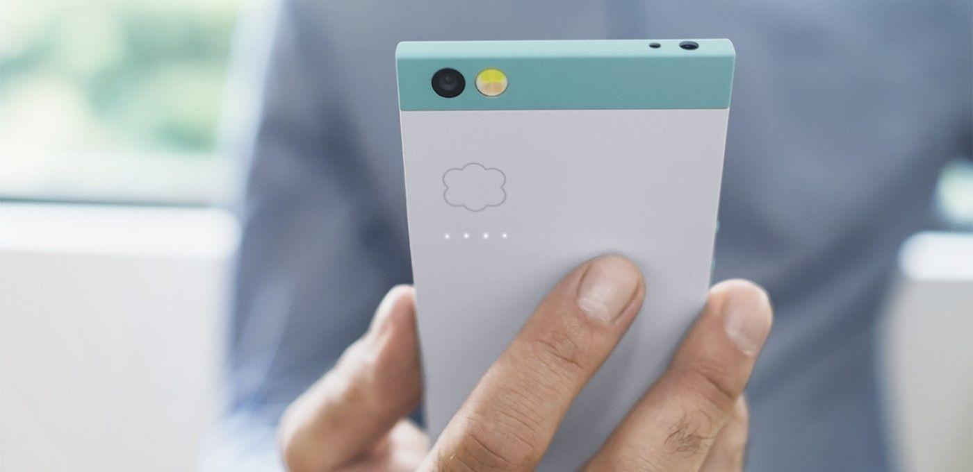 他离开了HTC,却带来了这款可能「颜值」最高的手机 | 极客公园