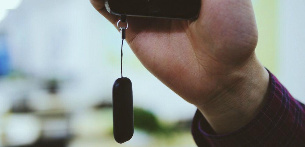 众测 | 让 iPhone 变身「双卡双待」的小硬件,想不想试试? | 极客公园