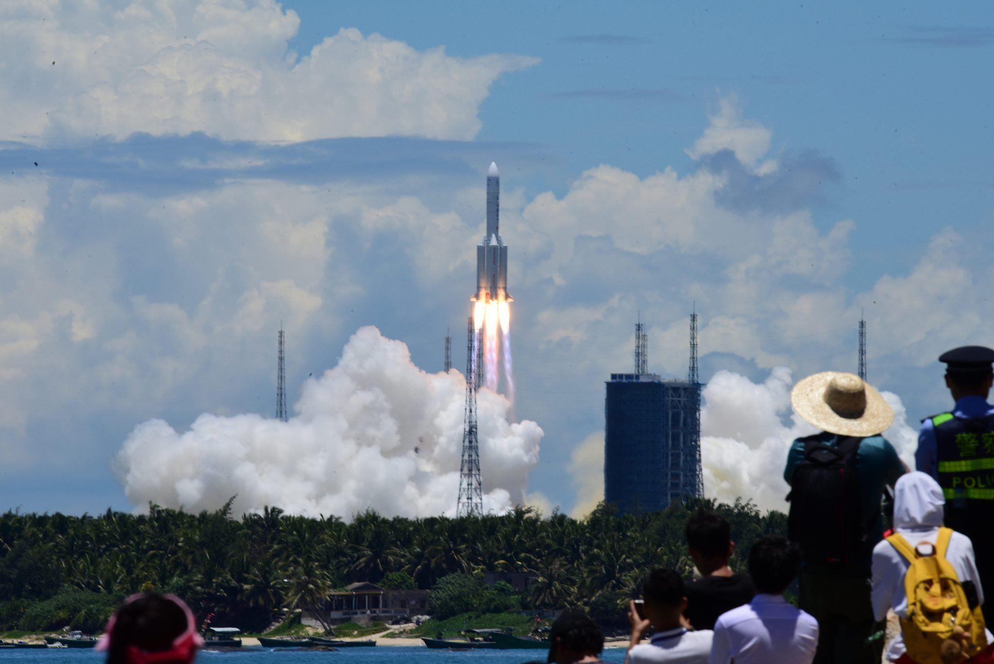 全球资讯_中国太空探索一大步:「天问一号」,目标火星   极客公园