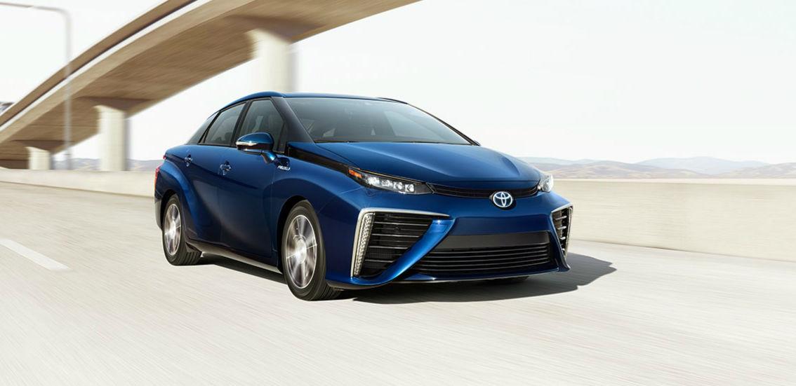 特斯拉是最能跑的新能源车?丰田不高兴了 | 极客公园